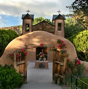 Sanctuario de Chimayo, Chimayo, New Mexico